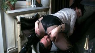 Strumpfhosen und Overknees - Sexy Lady beim Sex